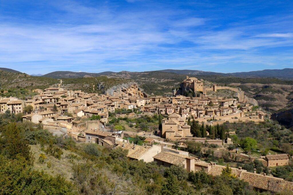 Vinos del Somontano alquezar uno de los pueblos mas bonitos de espana