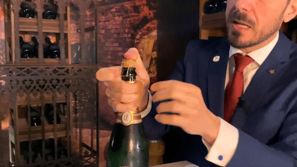 Servicio de Vinos Espumosos Snapshot 10