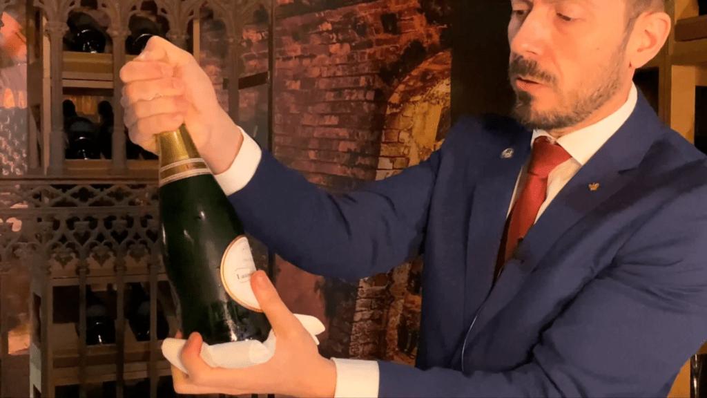 Servicio de Vinos Espumosos Snapshot 11