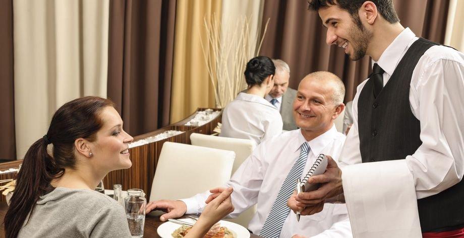 MI INTRODUCCIÓN AL MUNDO DEL VINO empleo camarero restaurante
